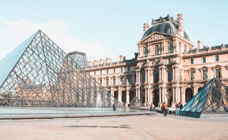 Arrivée à Paris avec ELYZEA